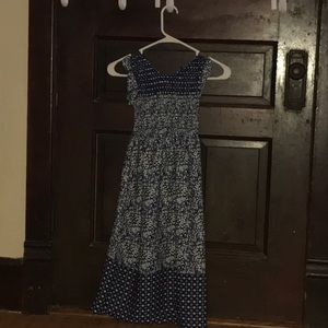 Other - Girls long flower pattern dress
